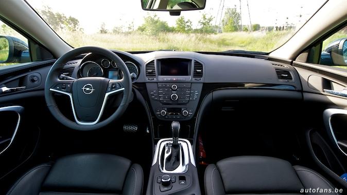 Rijtest: Opel Insignia 2.8 V6T 4x4 | Autofans