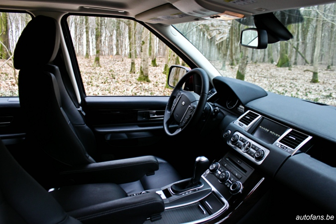 rijtest range rover sport 3 0 tdv6 autofans. Black Bedroom Furniture Sets. Home Design Ideas