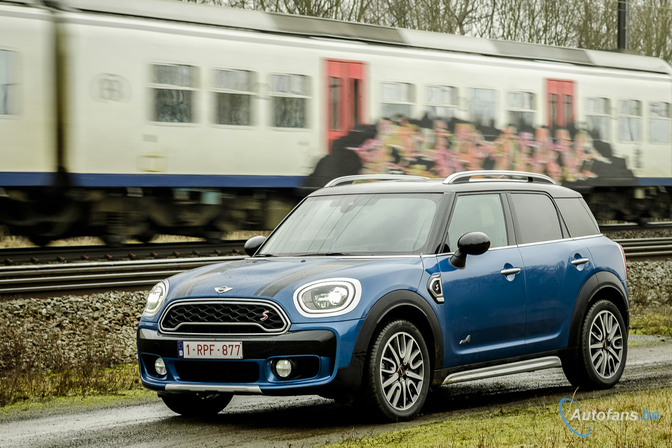 mini-cooper-s-countryman-all4-2017