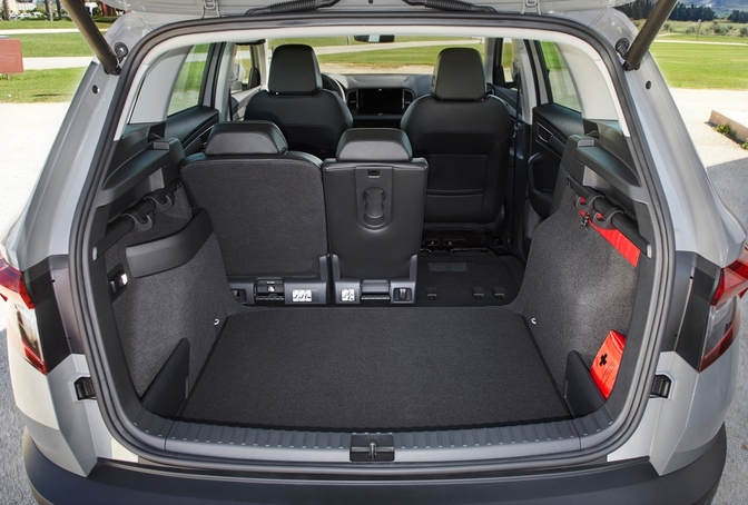 rij impressie skoda karoq 2 0 tdi 4x4 autofans. Black Bedroom Furniture Sets. Home Design Ideas