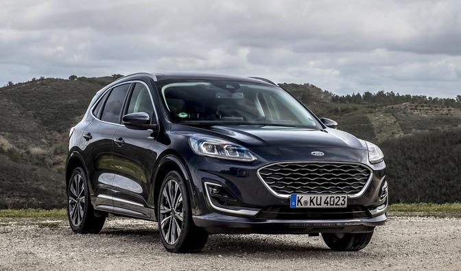 Rijtest: Ford Kuga Hybrid HEV (2021)   Autofans