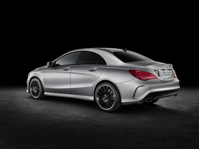 optioneel kan je kiezen voor Mercedes' 4MATIC vierwielaandrijving