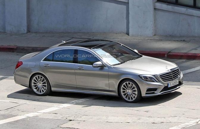 Eerste spyshots van de nieuwe Mercedes S-klasse (2013)