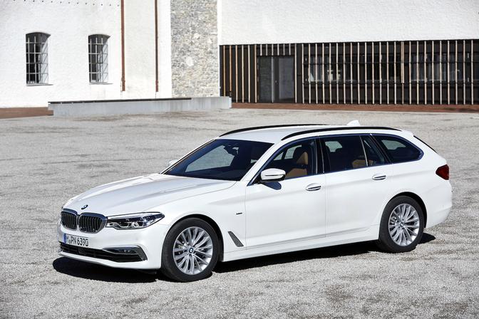 Rijtest-BMW-5-Reeks-Touring-520d-G31
