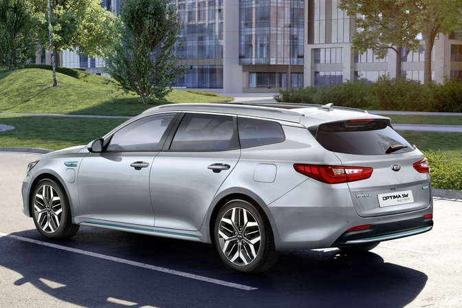 Kia Optima SW plug-in hybrid (2019)