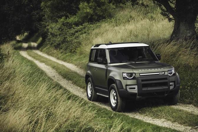 Land Rover mini Defender 2021