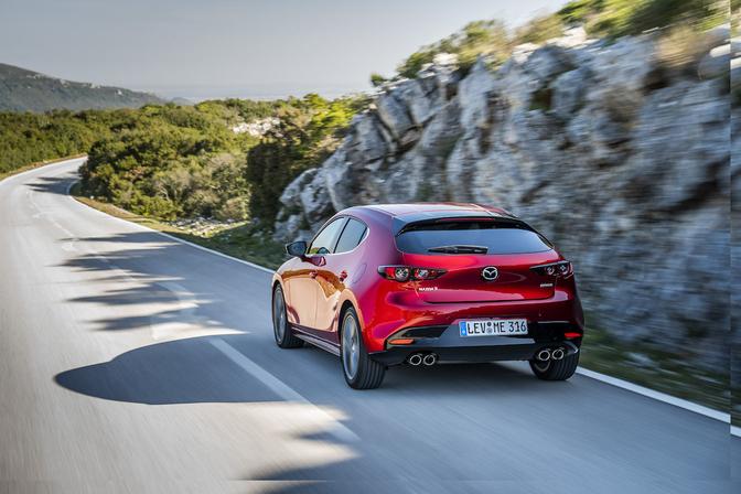 Mazda 3 Turbo render 2020