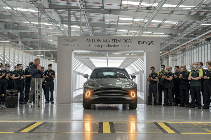Aston Martin DBX productie start