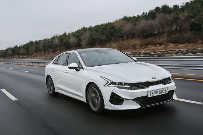 Kia Optima Europa hybride K5