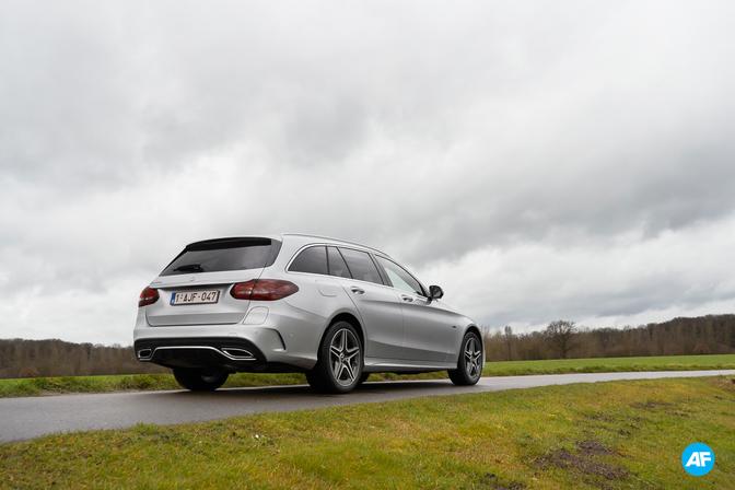 Mercedes C 300 de break plug-in rijtest review 2020