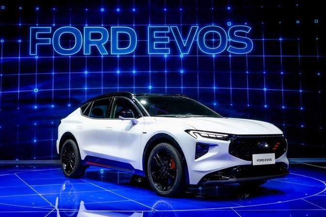 FORD EVOS (2021)