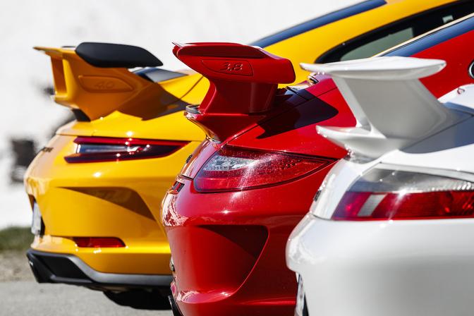 Porsche 992 GT3 teaser