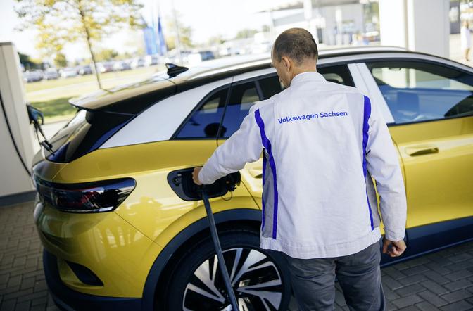 Volkswagen vehicle-to-home vehicle-to-grid bidirectioneel laden 2022