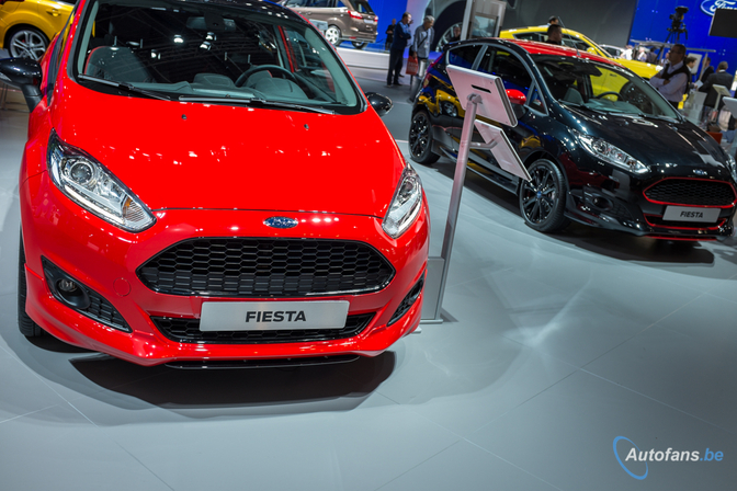 live in parijs 2014 ford fiesta black edition fiesta red edition autofans. Black Bedroom Furniture Sets. Home Design Ideas