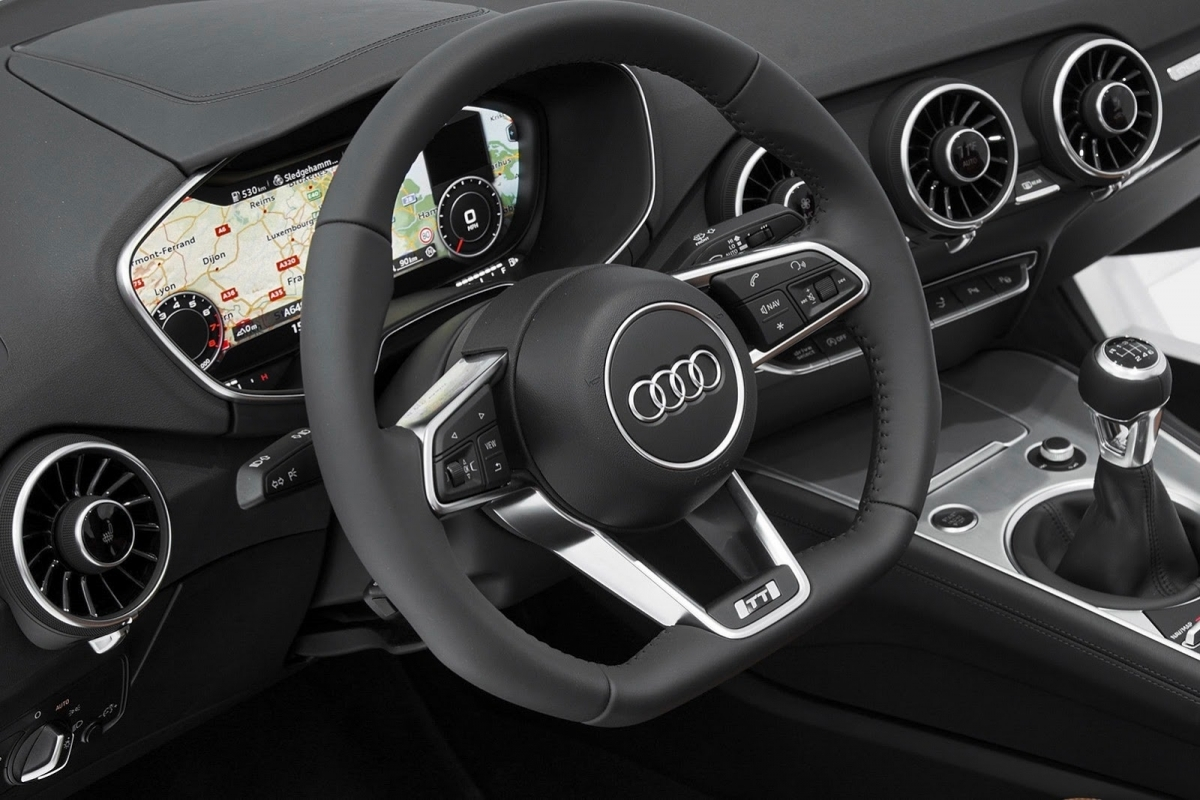 audi tt interieur 2014 autofans. Black Bedroom Furniture Sets. Home Design Ideas
