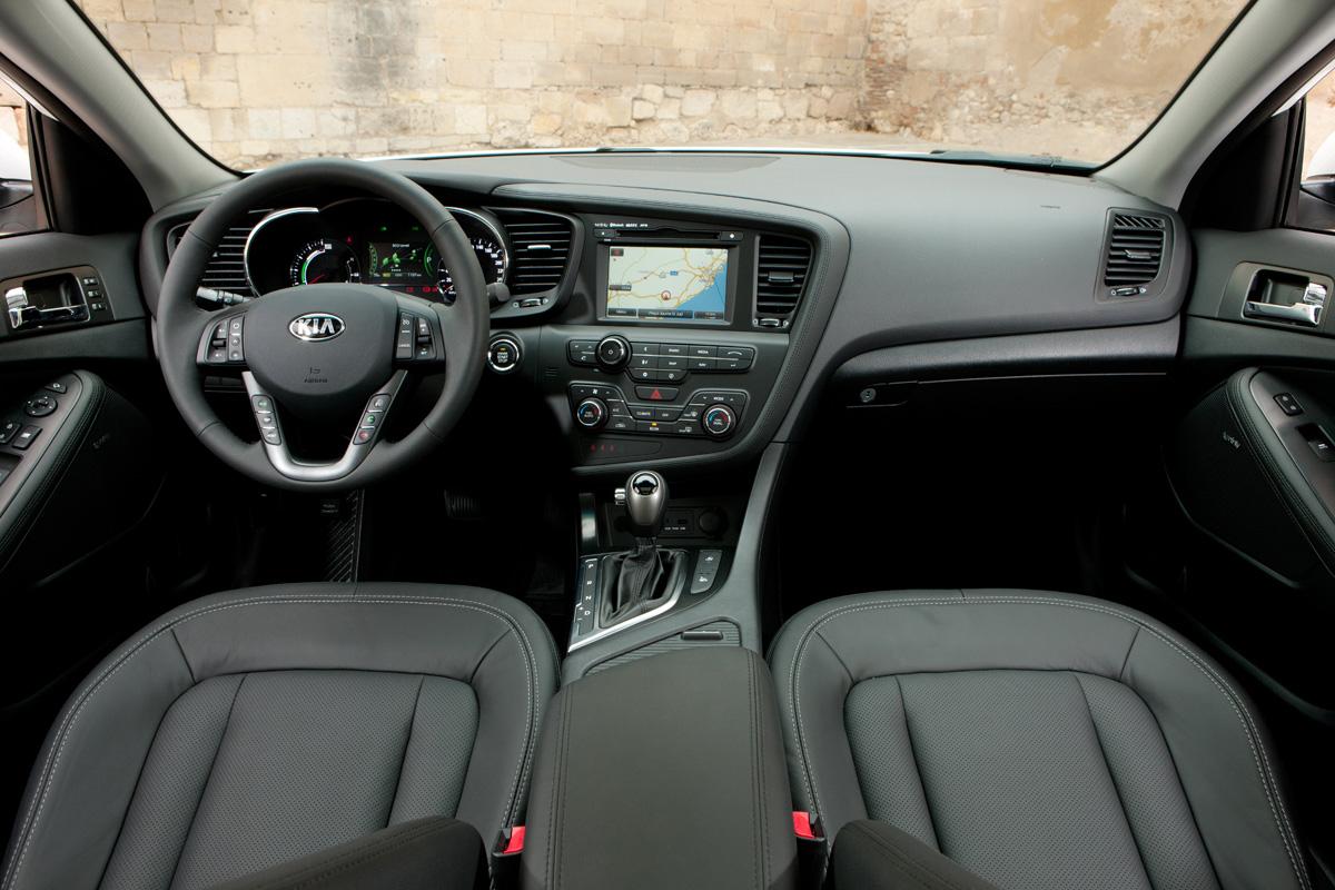 Rijtest: Kia Optima Hybrid | Autofans