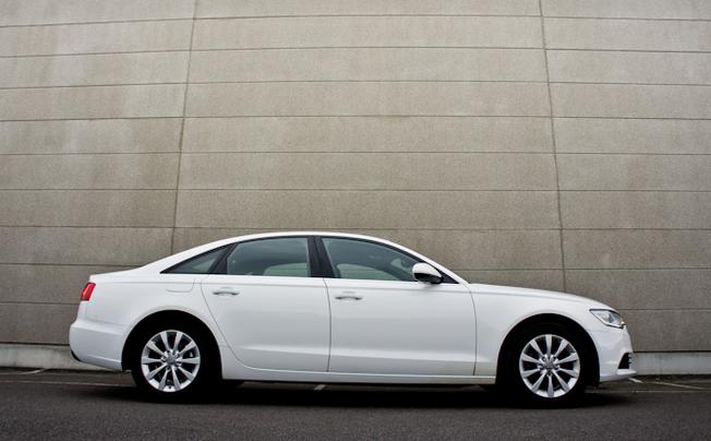 Audi A6 2.0 TDI 2011 Download deze foto 1 van de 9
