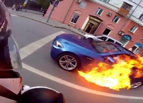 BMW-M5-Fire