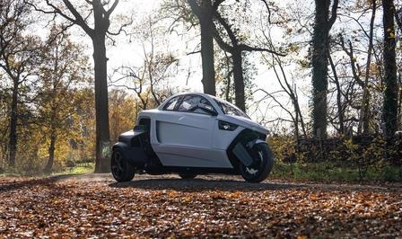Kerv Automotive tricycle