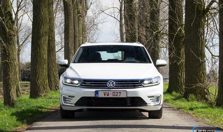 volkswagen-passat-variant-gte-hybrid-rijtest-2016