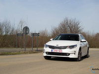kia-optima-sw-2017-rijtest
