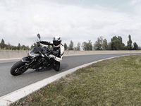 Rijtest-Kawasaki-Z900-Motofans-Drivingshot