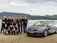 2016-vw-golf-gti-heartbeat_01