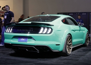 2018_ford_mustang_gt_roush