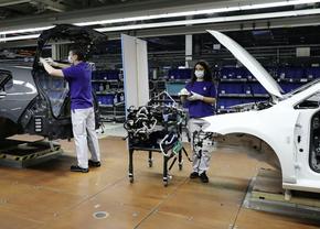 Corona autofabrieken productie