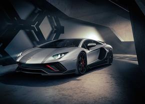 Lamborghini Aventador : successeur à V12 hybride rechargeable