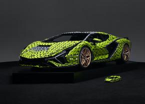 Lego assemble une Lamborghini Sián grandeur nature