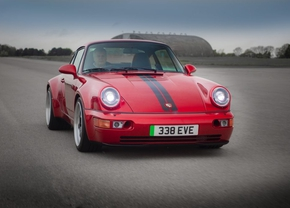 Everrati Porsche 911 restomod