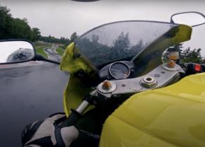 Nürburgring moto pluie Andy Carlile