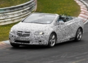 Opel Asta cabrio 2012 spyshot