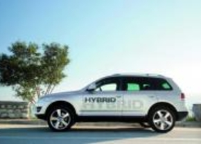 2011 VW Touareg V6 TSI hybrid prototype
