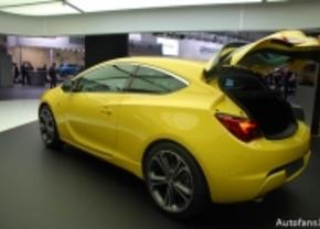 Live op de IAA 2011: Opel Astra GTC