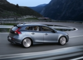 Volvo V40 kent nu al zijn prijs: vanaf 22.990 euro