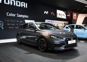 hyundai-i30n-autosalon-brussel-2018_1_van_6