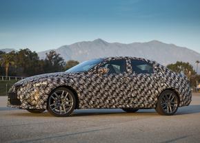 Lexus 300h spy