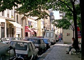rue_dorsel_paris_18eme_1987-wikimedia-commons