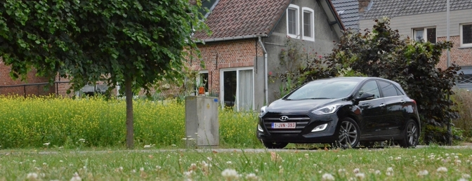 Rijtest: Hyundai i30 7-DCT (2015)