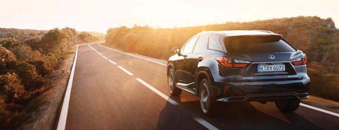 Rij-impressie-Lexus-RX-450h-Hybride-2015